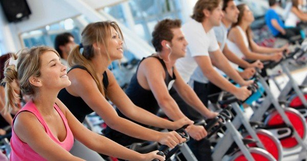 moneypapa.ru - шокирующая статистика спортзалов - только 20 процентов ходят регулярно