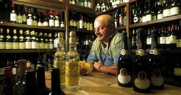 moneypapa.ru - Как выбрать вино - поддерживайте дружеские отношения с владельцем
