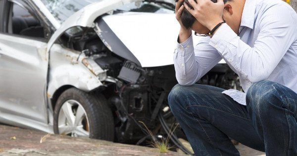 moneypapa.ru - 13 финансовых ошибок, о которых вы будете жалеть всю жизнь - ошибка 12 - Покупать дорогой автомобиль