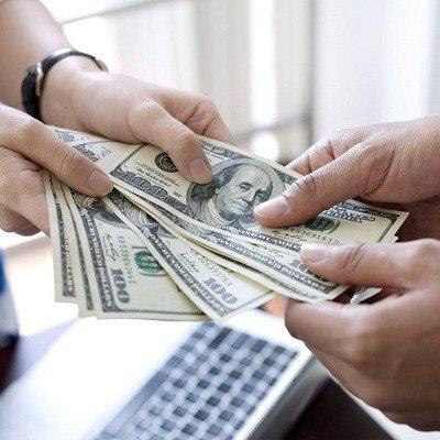 Как вежливо отказать человеку, который попросил денег в долг?