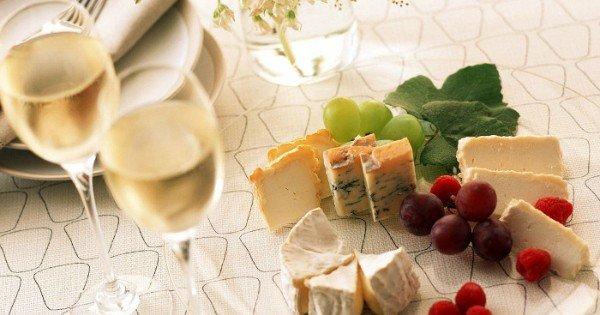 moneypapa.ru - как сделать вино вкуснее - сочетание с сыром